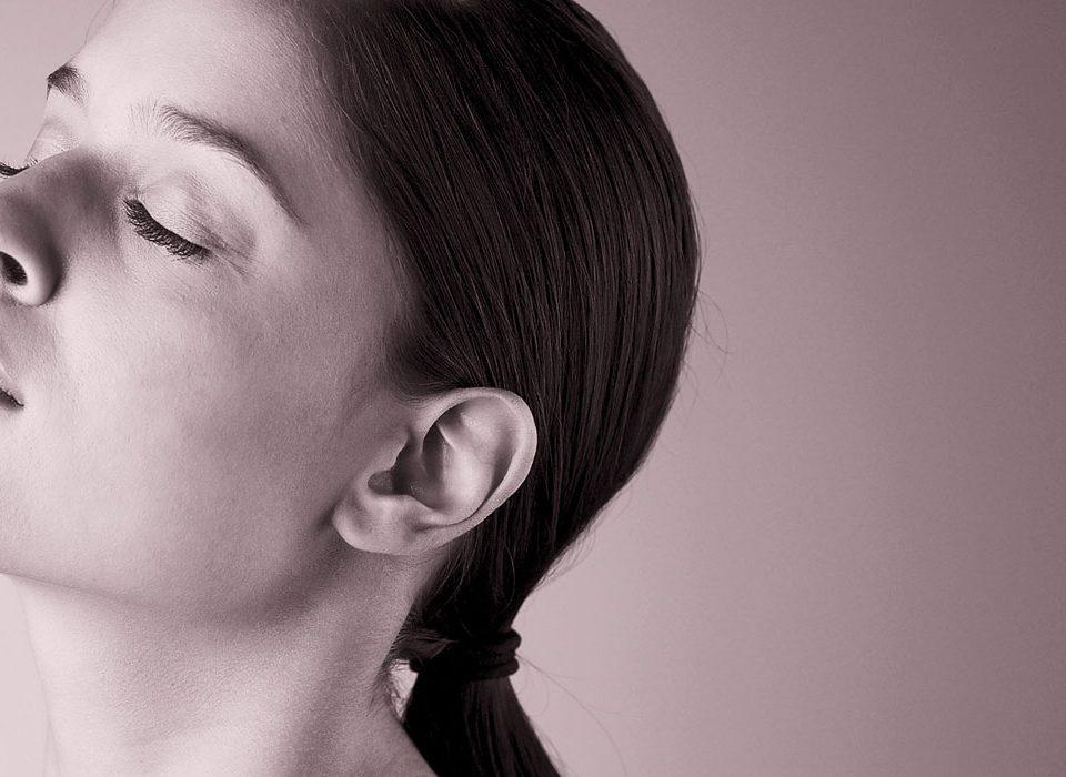 logo design and website for femme beauty