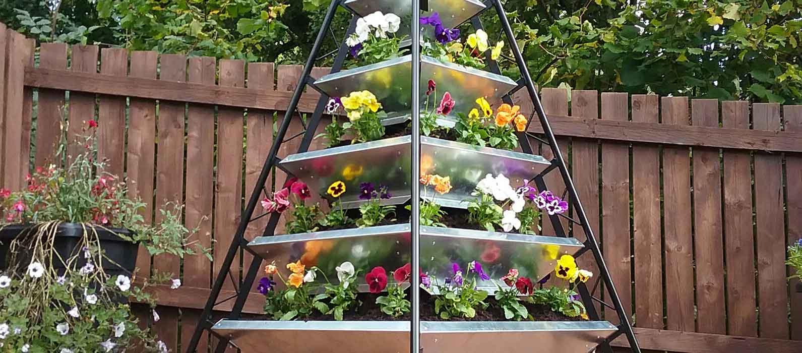 pyramid-planters-website-hero